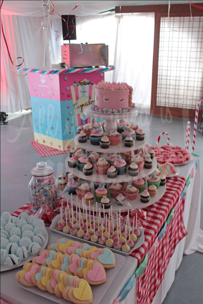 All you need is cupcakes!