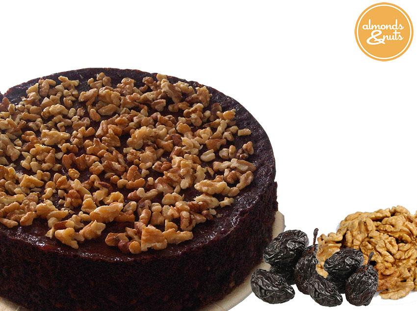 Torta húmeda de ciruelas y nueces - Almonds & Nuts