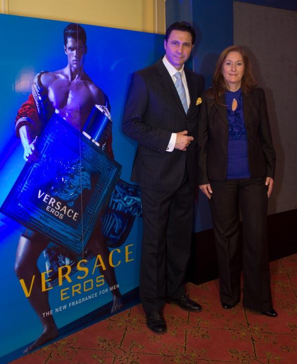 Miguel Abud y María Celia Siguenza - Versace Eros
